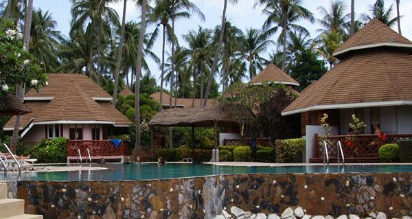 Coral Grand Resort – wie bei vielen andern Resorts auf Ko Tao ist auch hier gleich eine Tauchschule mit dabei, die Koh Tao Coral Grand Divers. Das Coral Grand Resort […]