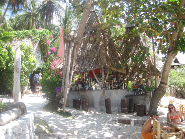 Moondance Bungalows – June Juea Beach – Koh Tao